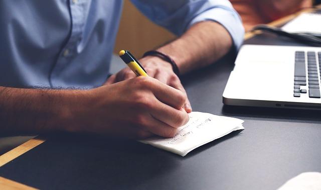 psaní poznámek