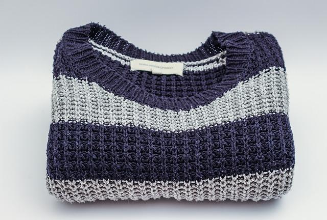 složený svetr
